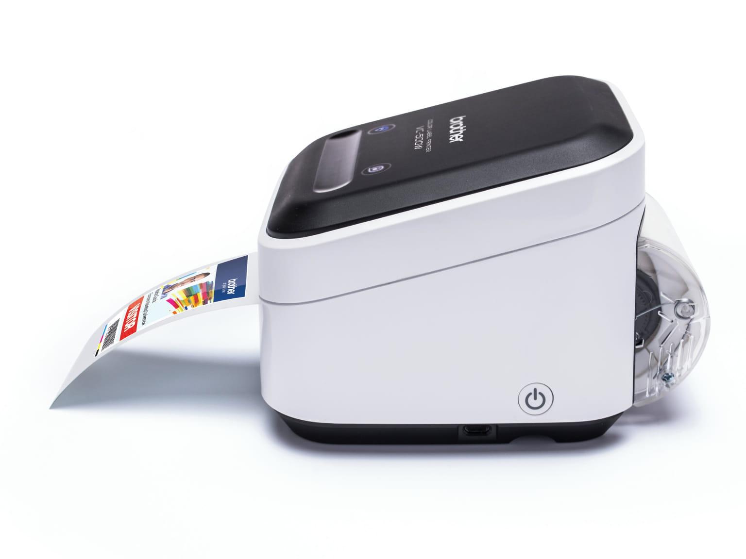 Brother VC-500W Zero Ink technológiás színes címkenyomtatónyomtatás közben