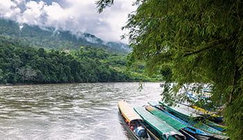 környezetvédelmi-politika-hajók-folyó