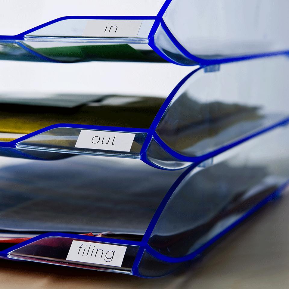 Eredeti Brother DK-22214 papírszalag tekercsben – Fehér alapon fekete, 12mm széles 2