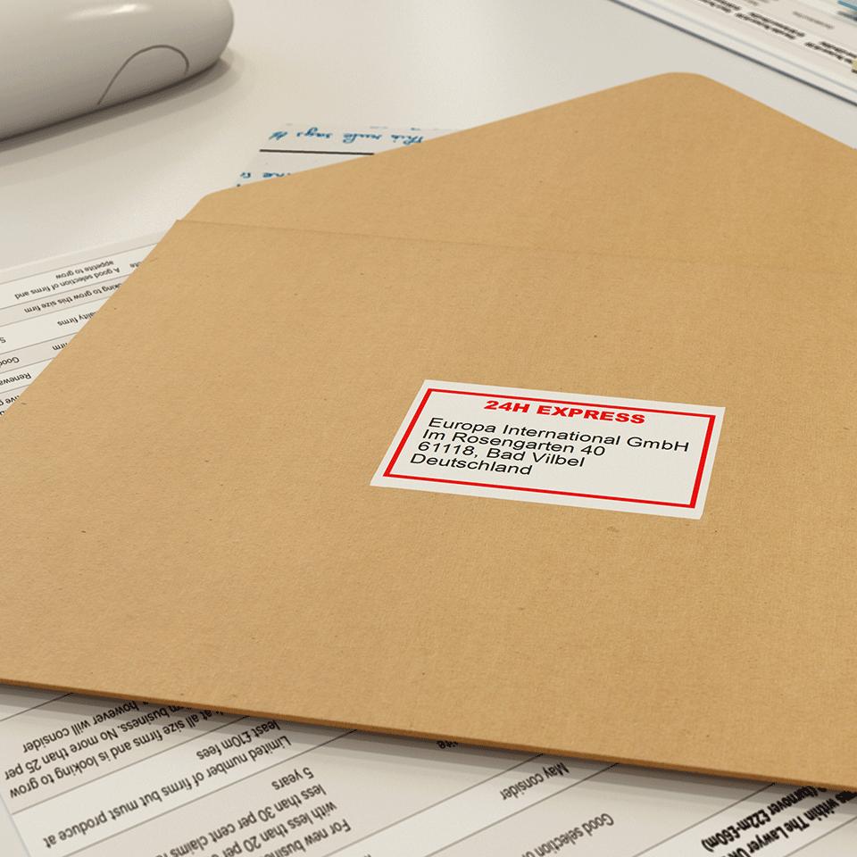 Eredeti Brother DK-22251 folytonos papírszalag – Fehér alapon fekete vagy piros, 62mm széles 2
