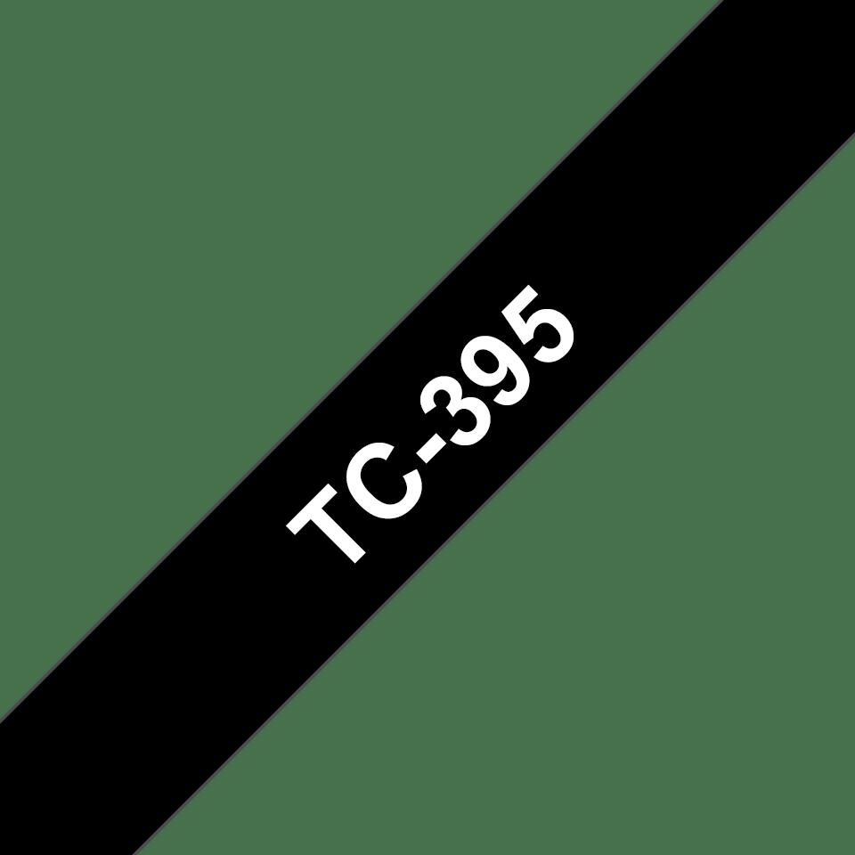 Eredeti Brother TC395 szalagkazetta - fekete alapon fehér, 9 mm széles